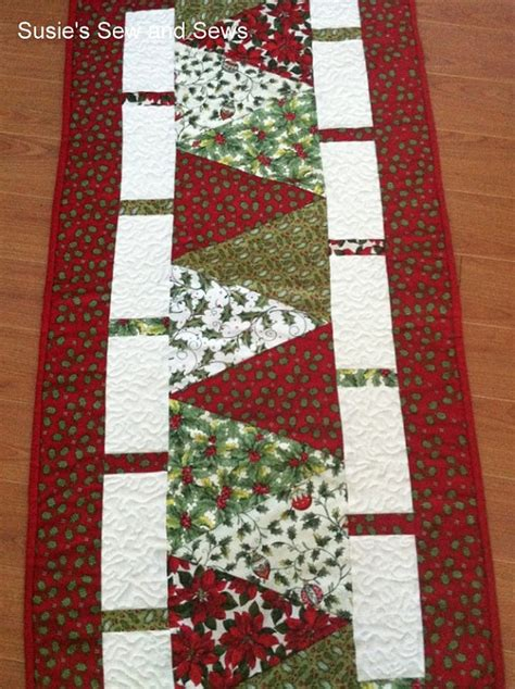 pattern quilted table runner christmas christmas holiday quilted table runner