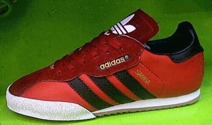 Oleh Oleh Import Gantungan Kunci Negara Kroasia sepatu casual adidas samba import keren