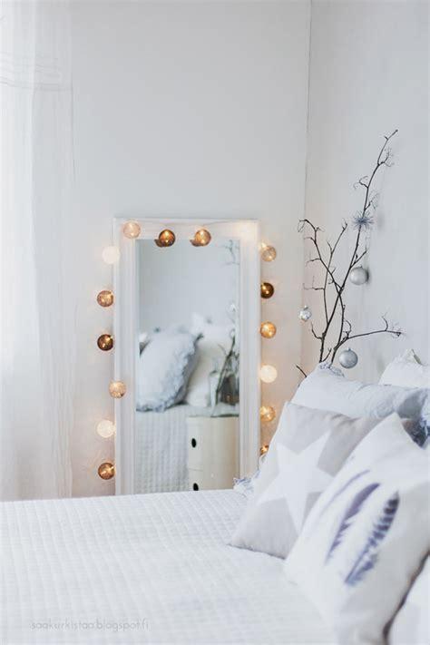 Cotton Ball String Lights   40 Amazing Interior Ideas