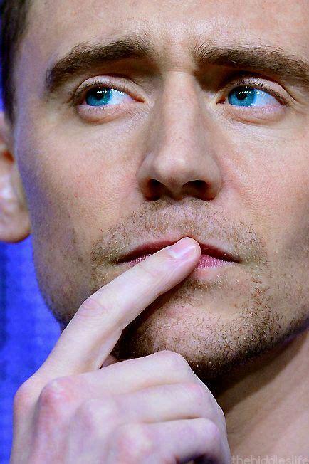 tom hiddleston eye color tom hiddleston color www imgarcade