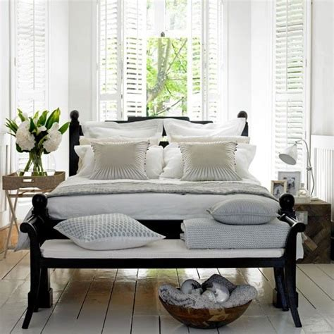 white bedrooms with dark furniture 1000 images about how to make white walls work with dark