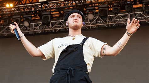 bazzi justin timberlake bazzi s team explains the method behind the hits variety
