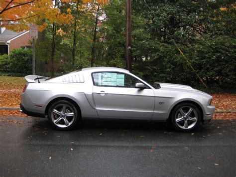review 2010 ford mustang gt 171 road reality