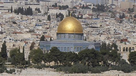 in days to come a new for israel books jews around the world are returning home to israel