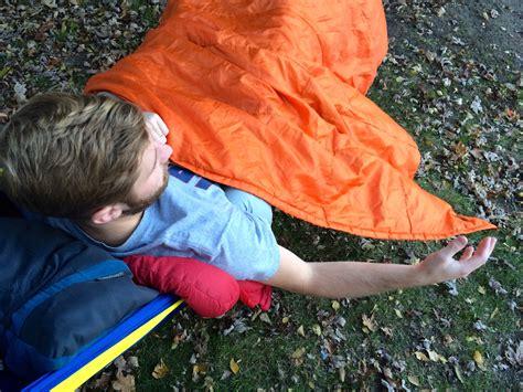 Hammock Top Quilt by Tips Stay Warm When Winter Hammocking