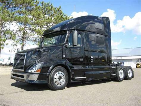 volvo  sleeper truck  sale gulfport ms mylittlesalesmancom