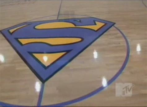 shaq superman bed picture