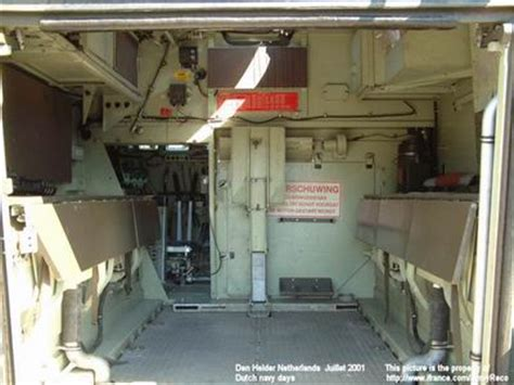 m577 tracked armoured vehicle command post dutch army
