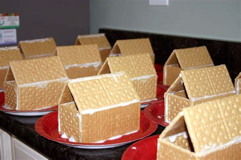 pre k christmas party snack ideas gingerbread houses at classroom a knows