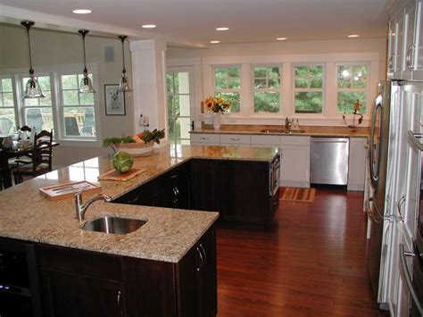 u shaped kitchen layouts with island 25 best ideas about large u shaped kitchens on pinterest