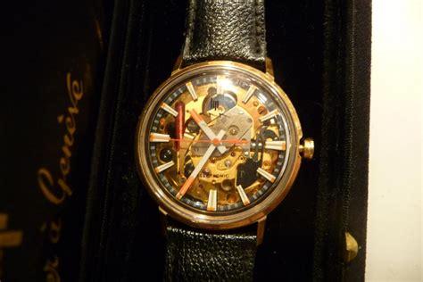 Montre bracelet Lip Squelette Années 60 Neuve De Stock   montres anciennes