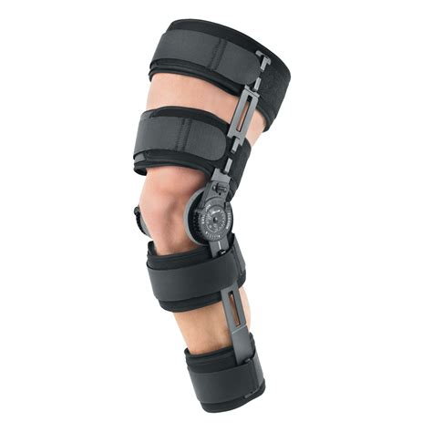 knee brace what are knee braces and where are they used kneesafe