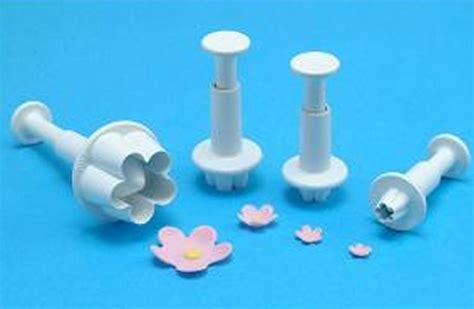 flower plunger cutter set of 4