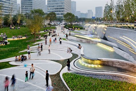 home design plaza in ta galaxy soho 02 jpg hai zhang