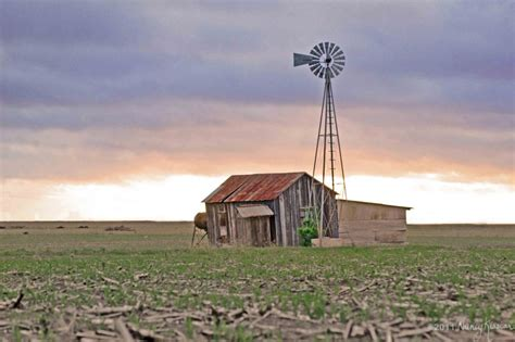 Old Fashioned Farmhouse Plans by Pictures Of Farm Windmills