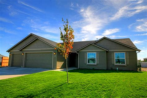 hayden homes in bend oregon to acquire 1 200 residential
