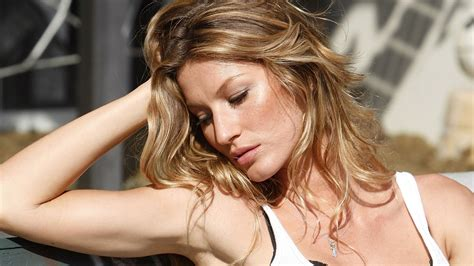 Is Gisele Bundchen by Gisele Bundchen Images B 252 Ndchen Hd Wallpaper And