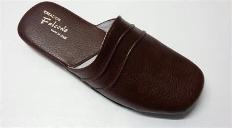 pantofole da pantofole da uomo invernali i modelli da scegliere