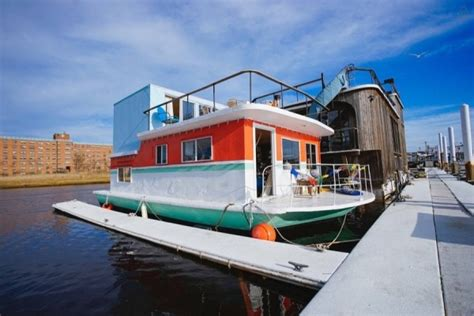 boat house york cozy little houseboat vacation in queens new york