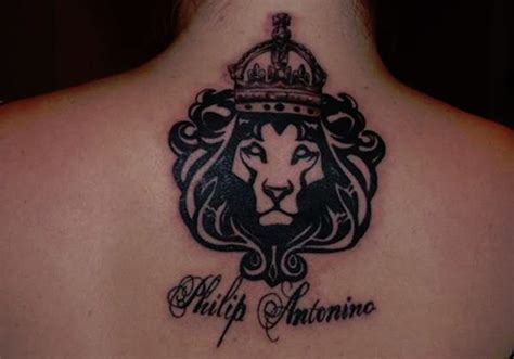 29 tremendous crown tattoos creativefan