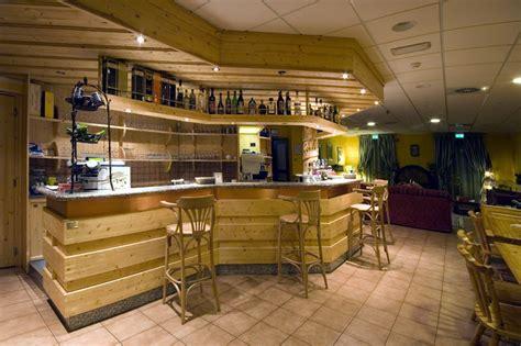 foyer de montagne hotel foyer de montagne il bar