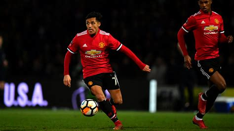 alexis sanchez united tottenham hotspur v manchester united betting preview