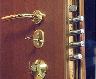 posa porta blindata posa in opera telaio per porta blindata