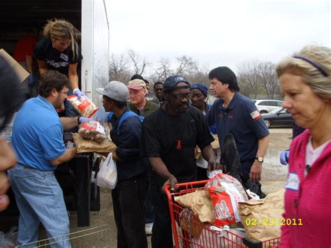Dallas Soup Kitchen Volunteer by Thanksgiving Soup Kitchen Volunteer Dallas Besto
