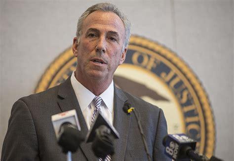 Clark County Background Check Da Wolfson Endorses Initiative To Mandate Background Checks On Gun Sales Las Vegas