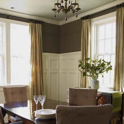 Brown Wainscoting by Best 25 Brown Dining Rooms Ideas On Diy