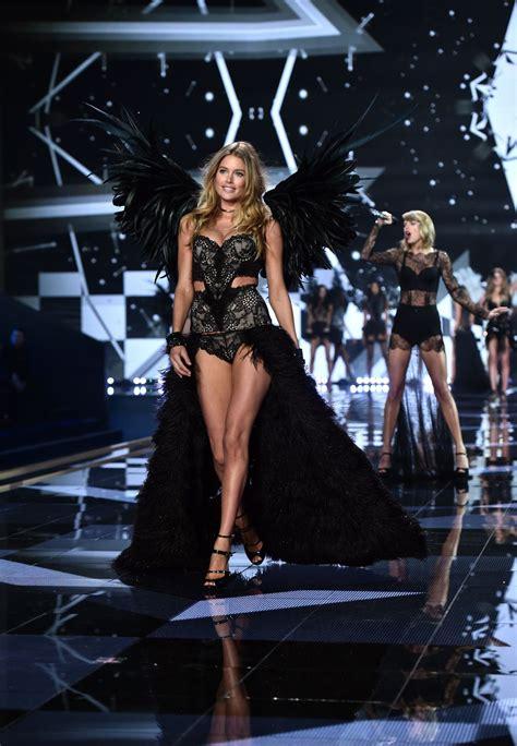 s runway secret doutzen kroes at 2014 victoria s secret fashion show