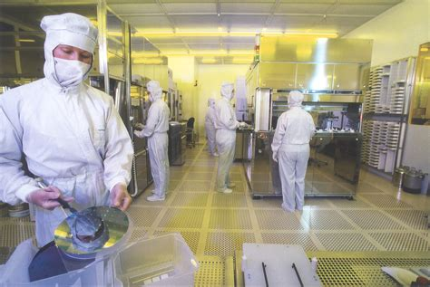 clean room environment fabs21 benchmarking tool will help semiconductor manufacturing facilities improve energy