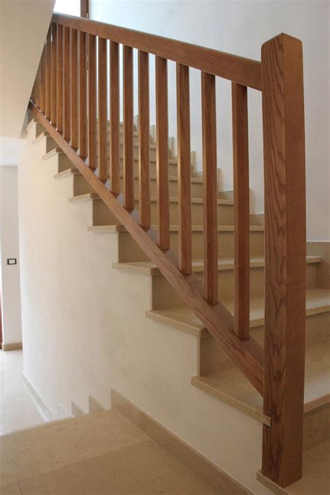 ringhiera in legno ringhiera scale in legno decorare la tua casa