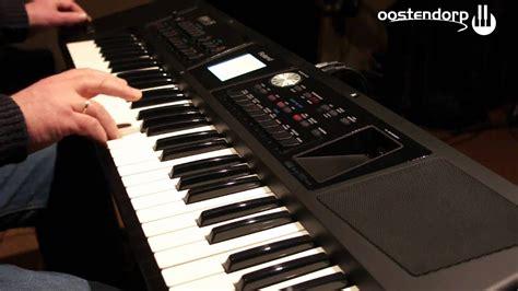 roland bk  keyboard bij muziekcentrum oostendorp youtube