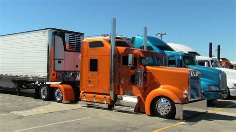 w900l rolling r enterprise s kenworth w900l at tfk 2013