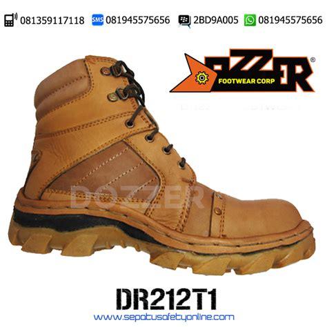 Best Seller Sepatu Gunung Sepatu Boot Pria Tms 098 sepatu safety shoes for dr212t1