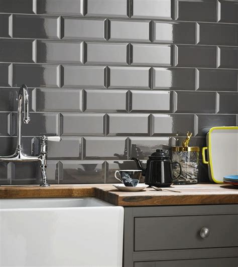 gloss kitchen tile ideas best 25 grey kitchen walls ideas on gray