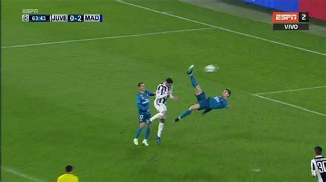 ronaldo juventus overhead ronaldo s sensational overhead kick that will go in history besoccer
