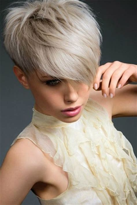 pixie cut with short sides and long top long on top pixie cut
