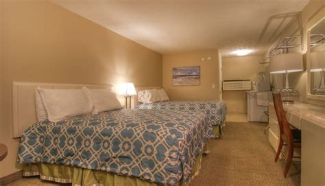 one or two bedroom suites in wells maine at elmwood upgraded 2 bedroom family suite