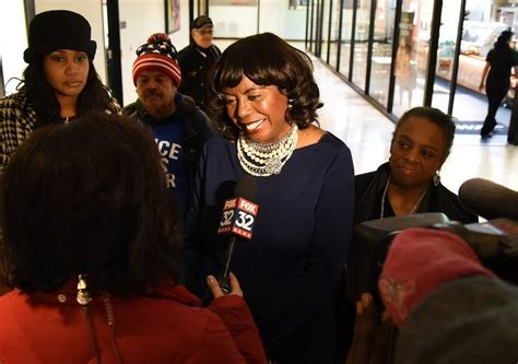 Cook County Circuit Clerk Search Dorothy Brown To File Monday Morning Despite Troubles