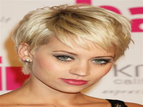 Hairstyles For Faces And Thick Hair by Hairstyles For With Thick Hair And Faces