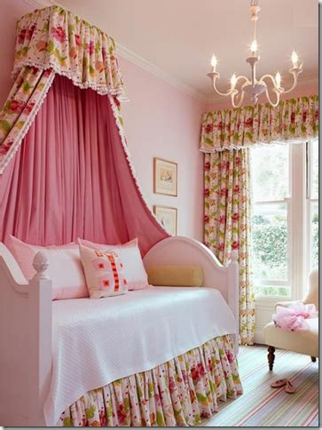 canopy bed for little girl designer rooms little girls bedroom with canopy beds