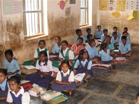 pakistan makes school education compulsory for children