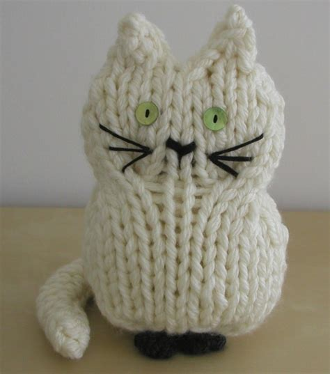 cat motif knitting pattern cat and kitten knitting patterns in the loop knitting