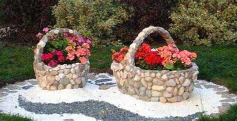 con il giardino arredare il giardino con pietre e sassi 20 idee per