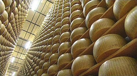 parmesan bank news europe italian producers bank on cheese