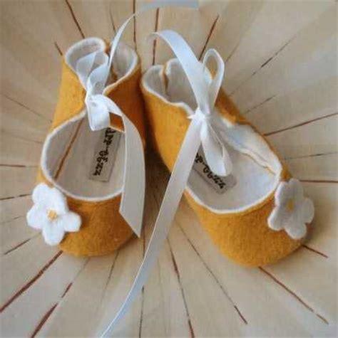 como hacer zapatos para bebe de tela como hacer zapatos para beb 233 en tela imagui