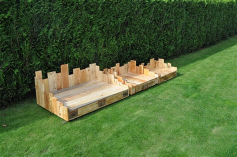 diy wooden dog bed diy wood pallet dog bed 99 pallets