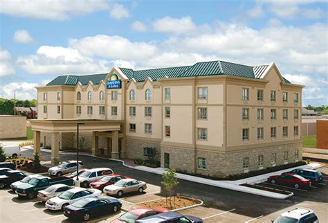 Collingwood Hotels Days Inn Suites Collingwood
